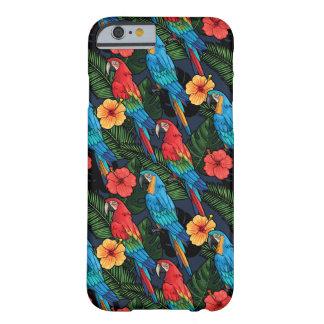 Modelo del Macaw y del hibisco Funda Barely There iPhone 6