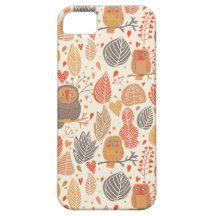 Modelo del otoño. Búhos en el bosque iPhone 5 Carcasa