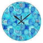 Modelo del remolino del fractal, azul de cobalto reloj redondo grande