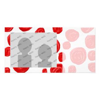 Modelo del rosa rojo en blanco tarjetas fotográficas