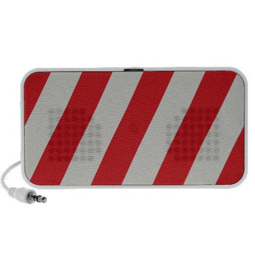 Modelo diagonal rojo y gris de las rayas del bastó mp3 altavoces