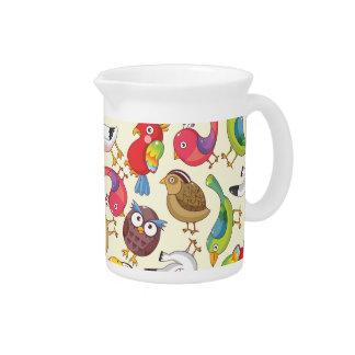 Modelo divertido de los ejemplos de los pájaros jarras para bebida