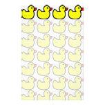 Modelo Ducky de goma amarillo brillante lindo Papeleria