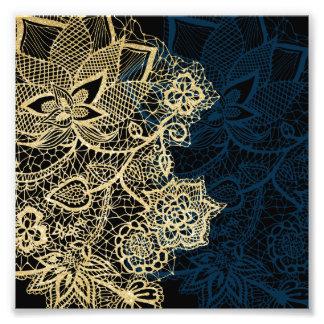 Modelo elegante de los azules marinos del cordón cojinete