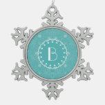 Modelo elegante del damasco de Tiffany con el mono Adornos