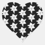 Modelo elegante del lirio en blanco y negro. pegatinas corazon