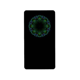 Modelo en colores del negro y del pavo real etiquetas de dirección