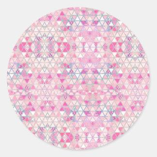 Modelo en colores pastel de los triángulos de la pegatina redonda