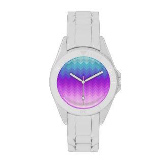 Modelo en colores pastel de Ombre Chevron Relojes De Pulsera
