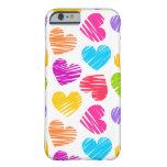 Modelo en colores pastel femenino de los corazones funda de iPhone 6 barely there