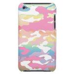 Modelo en colores pastel rosado de Camo iPod Case-Mate Cobertura