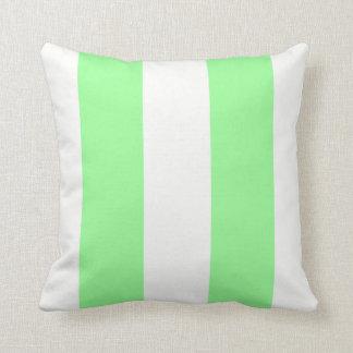 Modelo enorme ligero del verde menta y blanco de l almohada