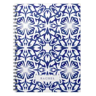 Modelo español de la teja de la acuarela azul y libreta espiral