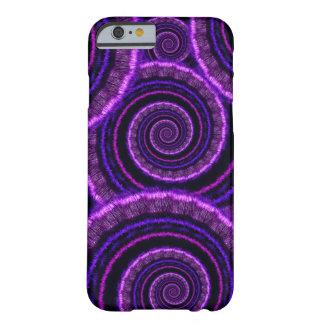 Modelo espiral púrpura del arte del fractal funda de iPhone 6 barely there