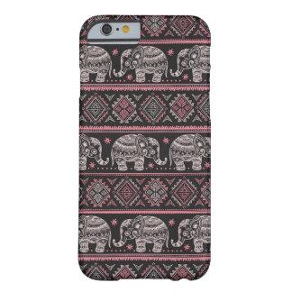 Modelo étnico negro del elefante funda barely there iPhone 6