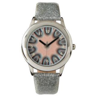 Modelo extraño reloj de mano