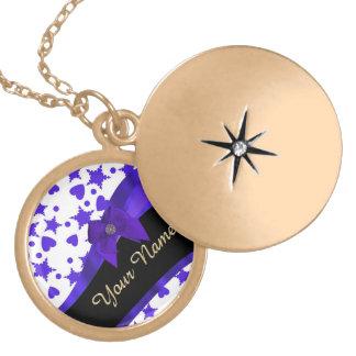 Modelo femenino bonito azul marino personalizado medallones