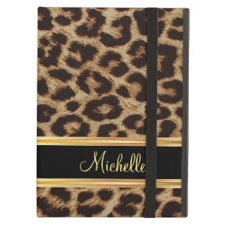 Modelo femenino de la piel del leopardo
