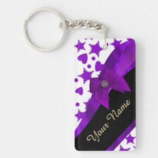 Modelo femenino manchado púrpura bonito llavero rectangular acrílico a doble cara