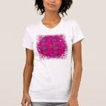 Modelo femenino rosado púrpura del amor de los camisetas