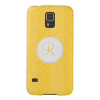 Modelo fino de Chevron del monograma amarillo Funda Galaxy S5