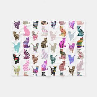Modelo floral azteca de las rayas de los gatos manta de forro polar