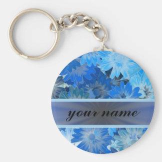 Modelo floral azul de la margarita llavero redondo tipo pin