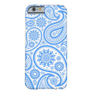 Modelo floral blanco azul de Paisley Funda De iPhone 6 Barely There
