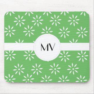 Modelo floral blanco verde de Customizeable Tapetes De Ratón