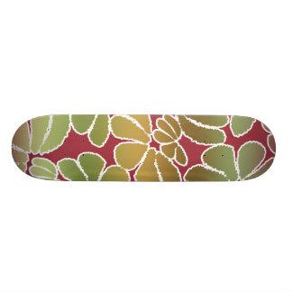 Modelo floral caprichoso verde rojo del Doodle de Tabla De Patinar