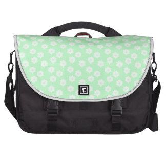 Modelo floral de la verde menta bonita bolsas de portatil