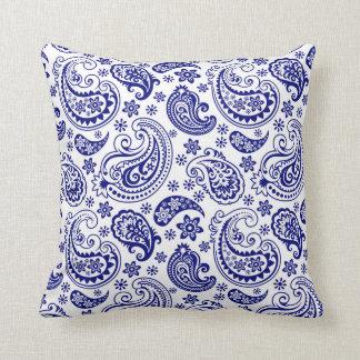 Modelo floral de Paisley del vintage de los azules Cojín Decorativo