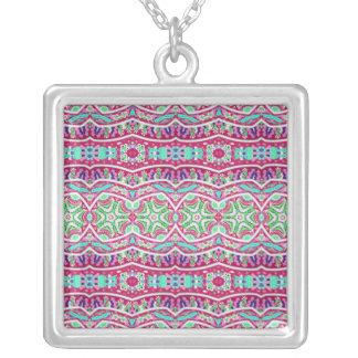 Modelo floral del trullo rosado abstracto colorido colgante cuadrado