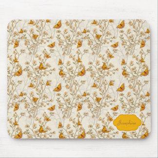Modelo floral del vintage con las mariposas tapetes de raton
