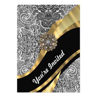 Modelo floral negro y blanco del damasco invitacion personalizada
