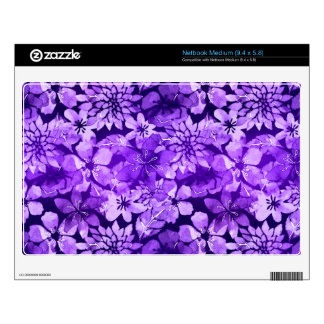 Modelo floral púrpura de la acuarela skins para netbook mediano