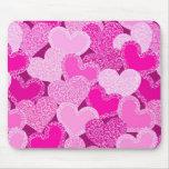 Modelo floral rosado de los corazones mouse pads