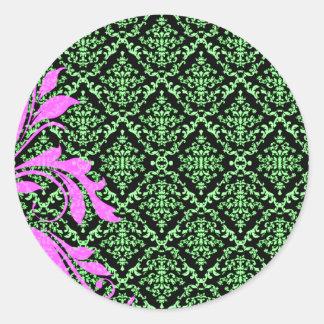 Modelo floral y verdoso rosado hermoso del damasco pegatina redonda