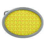 Modelo: Fondo amarillo con las estrellas anaranjad Hebilla De Cinturon Oval