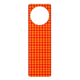 Modelo: Fondo rojo con los círculos anaranjados Colgante Para Puerta