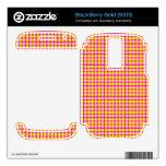 Modelo: Fondo rosado con los círculos amarillos Skins Para BlackBerry