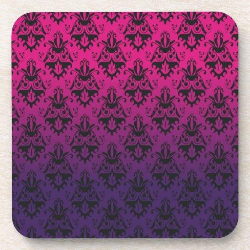 Modelo fucsia y púrpura del damasco posavaso