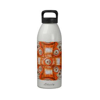 Modelo futurista de la tecnología botellas de agua reutilizables