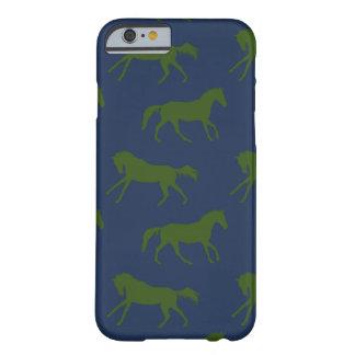 Modelo galopante de los caballos de la marina de funda para iPhone 6 barely there