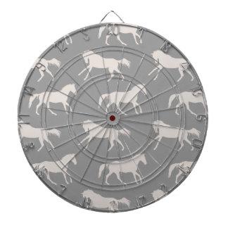 Modelo galopante gris de los caballos tablero dardos