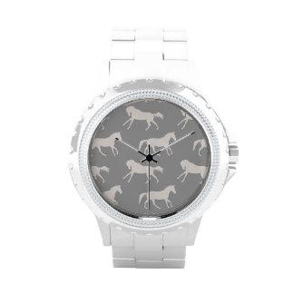 Modelo galopante gris de los caballos relojes de mano
