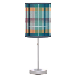 Modelo geométrico 2a de la tela escocesa colorida lámpara de escritorio