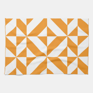 Modelo geométrico anaranjado quemado del cubo de toallas