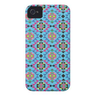 Modelo geométrico azteca tribal del azul de Navajo iPhone 4 Case-Mate Protector