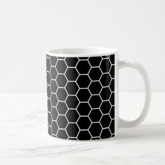 Modelo geométrico blanco y negro del hexágono taza clásica